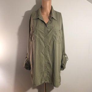 3/$20 Lizwear Jeans Silk Shirt